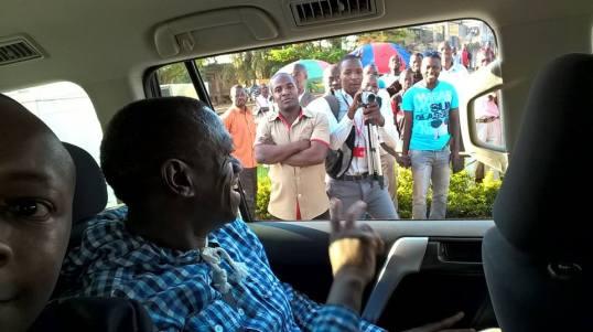 Besigye 101015