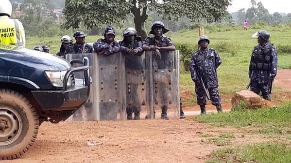 Dr. Kizza Besigye House Arrest 141015 to 151015