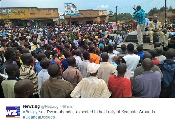 Dr. Kizza Besigye 101115 P3