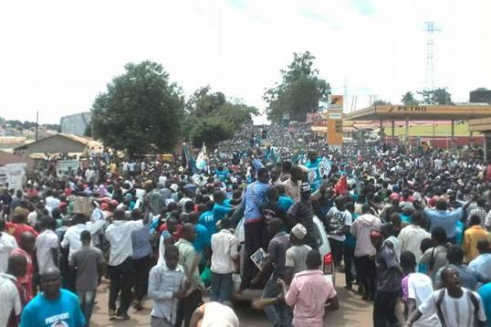Kampala 041115 P2