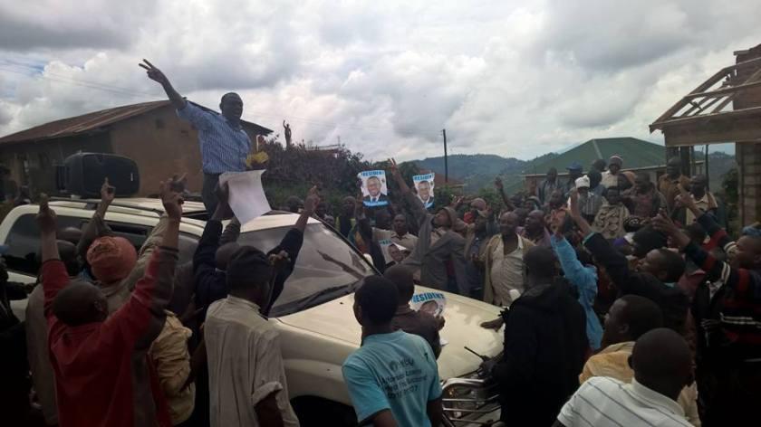 Kizza Besigye 111115 P2