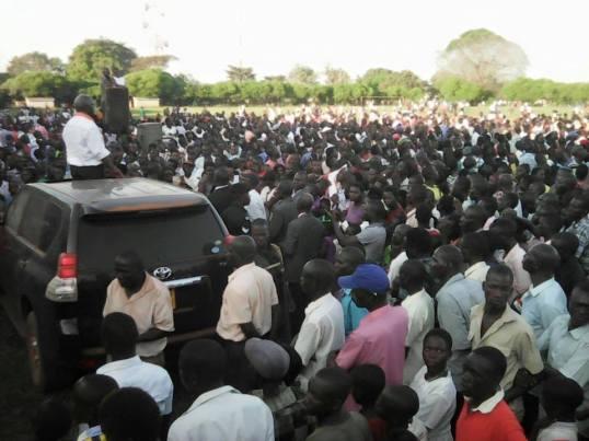 Divine FM Apac 30.11.15 Go Forward Amama Mbabazi