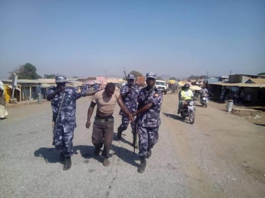 Elagu Border Post Arrests FDC Supporter 24.12.15 P1