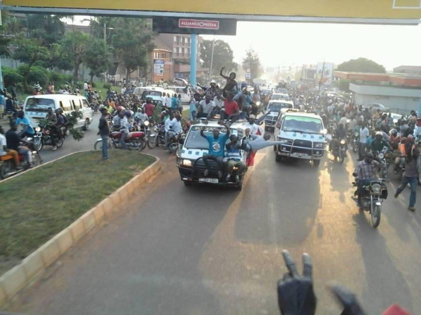 Entebbe Road Kampala 11.02.2016 FDC Convoy P2