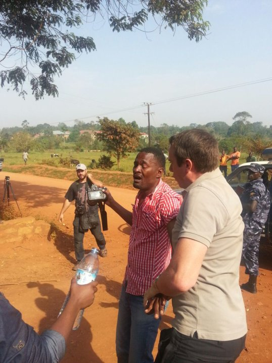 Pepper Spray Journalist KB 22.02.2016 Kasangati
