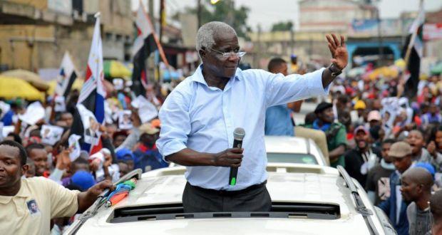Afonso Dhlakama Campaign rally