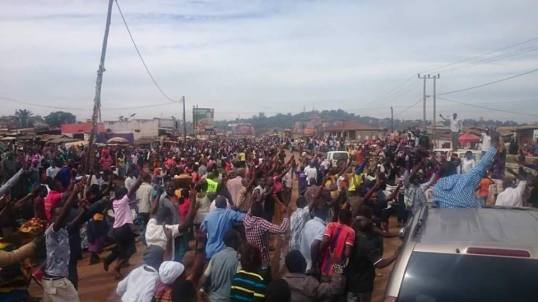 Besigye 04.05.2016 P1
