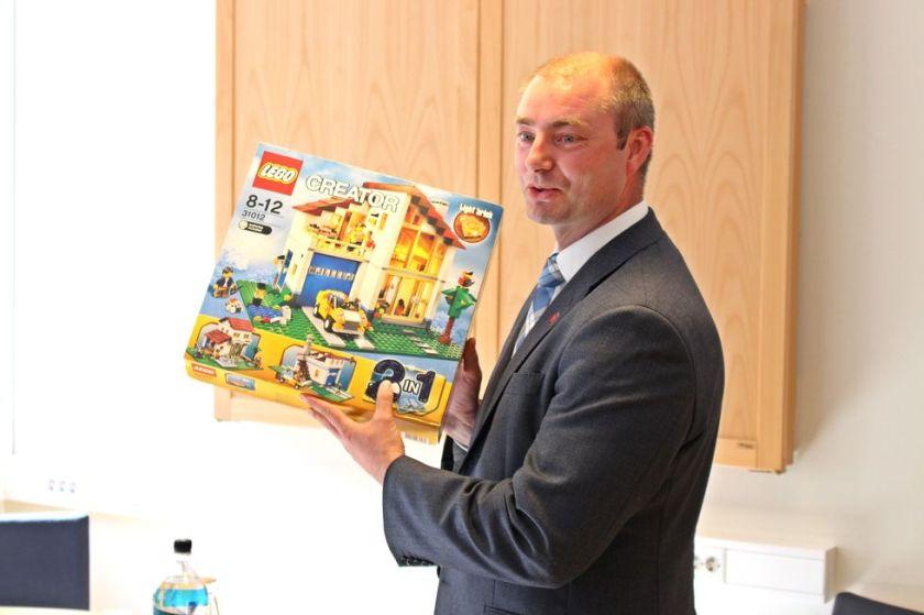 Robert Erikson Lego