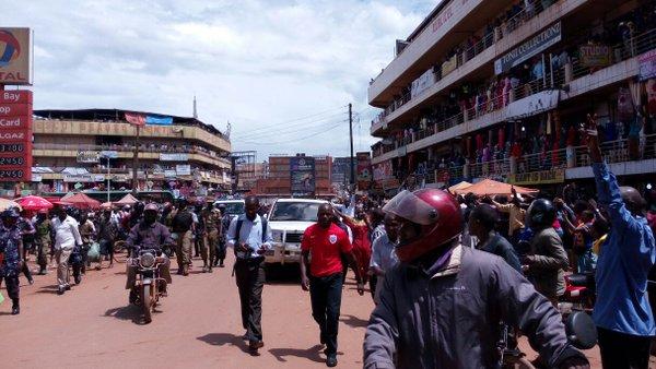 Besigye Kampala 11.05.2016 P1