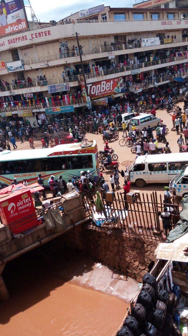 Besigye Kampala 11.05.2016 P2