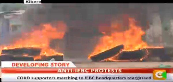 Nairobi 23.05.2016 Demonstrations P3 Burning tires