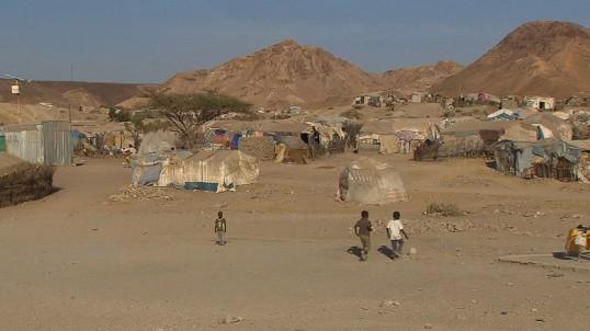 150423183001-pkg-elbagir-djibouti-eritrean-refugees-00001711-exlarge-169