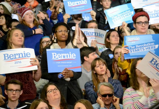 Bernie Sanders supporters at a campaign rally at Luther College in Decorah, Iowa. Annie Goodroad / Luther College