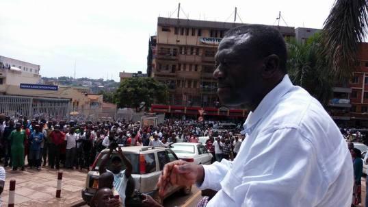 besigye-16-11-2016-p2