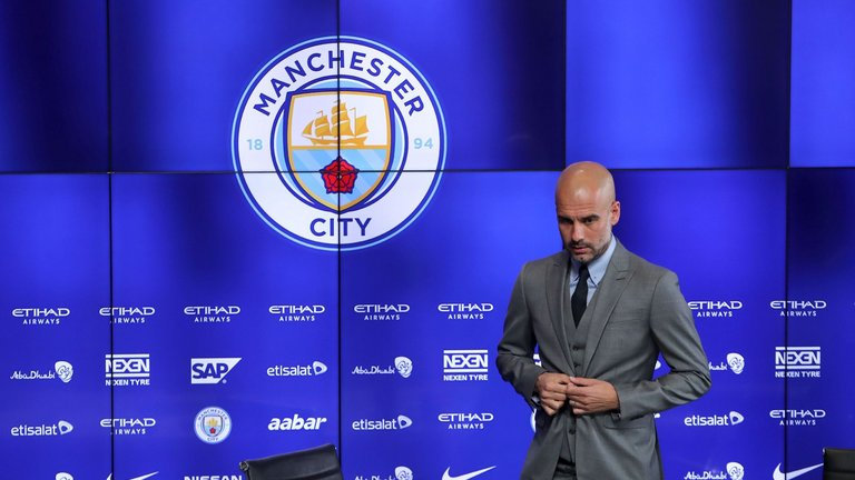 pep-guardiola-manchester-city-press-conference_3739994